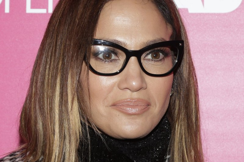 Jennifer Lopez Flaunts New Eyewear During Rock The Kasbah