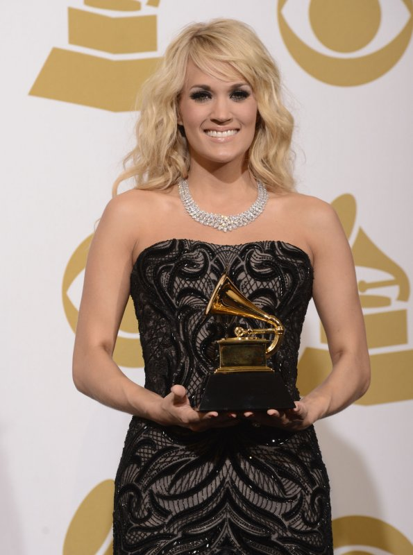 Singer Carrie Underwood Wears 31m Necklace To Grammys