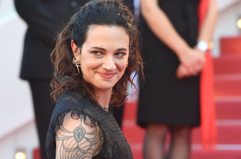 Asia Argento Celebrity Movie Archive | Download Free Nude ...