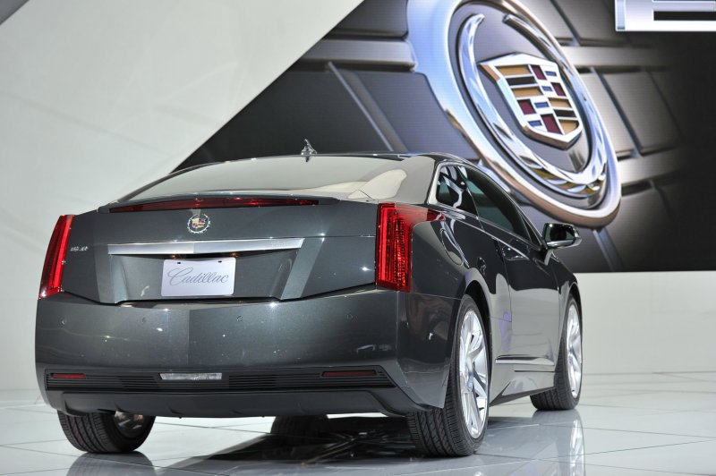 Auto Outlook Growing Pains Gm Eassist Hybrids Recalled