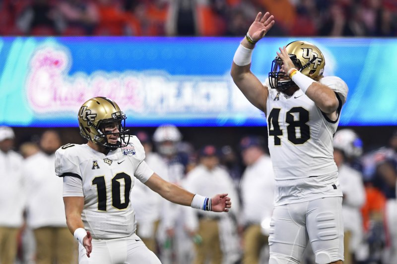 Peach Bowl Scott Frost UCF Knights Complete Perfect