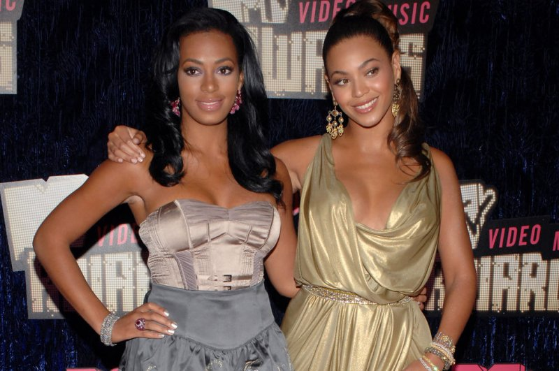Beyonce posts photos with solange on Instagram after ...