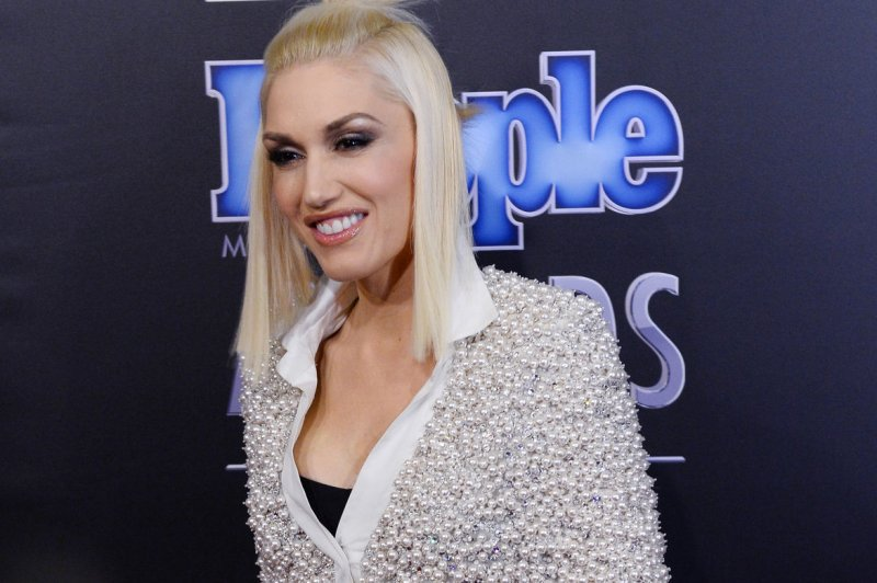 gwen stefani dating rumors The voice stars gwen stefani and blake shelton confirm they are a couple.