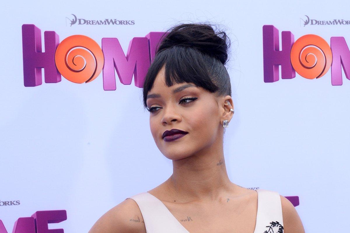Rihanna Houston Tour Date