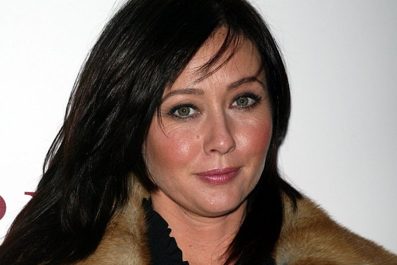 Shannen Doherty Reveals She's Battling Breast Cancer