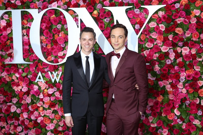 Jim Parsons to produce...