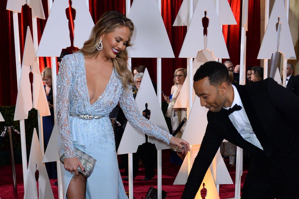 John Legend gives Chrissy Teigen her dream gift - UPI.com