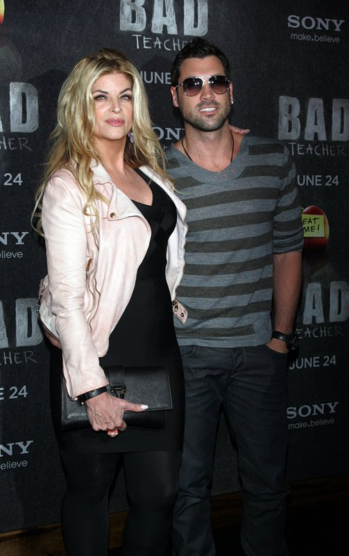 Leah Remini targeted by Kirstie Alley for leaving ...