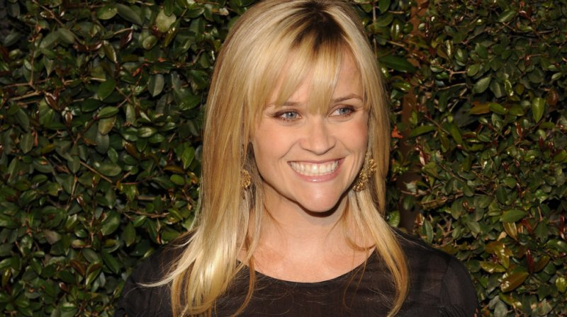 Reese Witherspoon goes brunette - UPI.com Reese Witherspoon Brown Hair