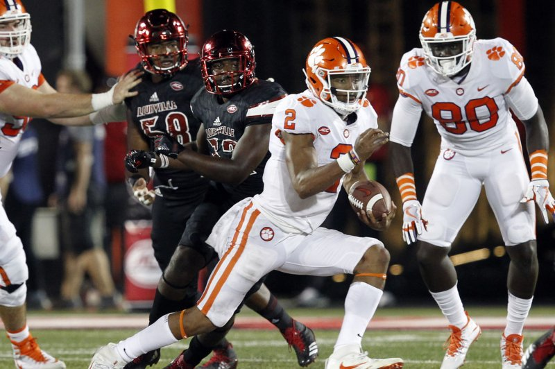 Dabo-swinney-clemson-tigers-being-cautious-with-qb-kelly-bryant-after-concussion