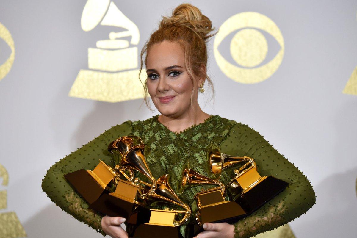 Adele Reflects On 31st Birthday Amid Divorce Upi Com