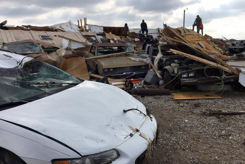 Tornadoes Cause Damage In Illinois Indiana Iowa