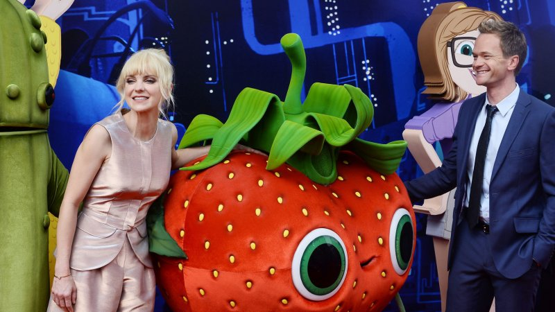 39 cloudy with a chance of meatballs 2 39 leads weekend box office - Mojo box office philippines ...