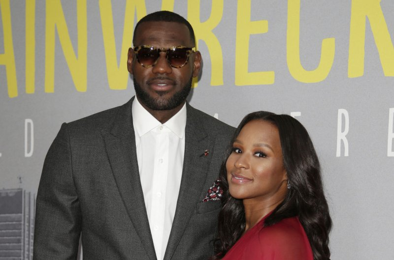 lebron-james-wife-pics