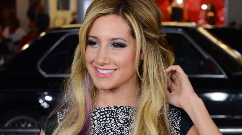 Ashley Tisdale Maxim Starlet Goes Topless On Mens Magazine Cover