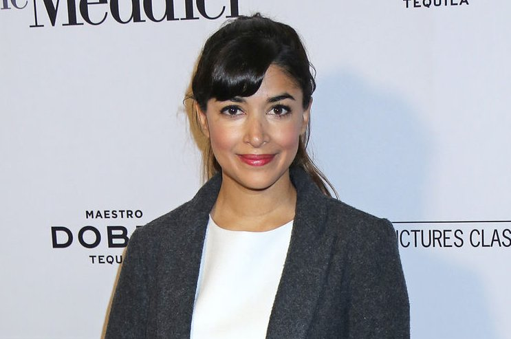 Hannah Simone says paparazzi mistook her for Kim Kardashian