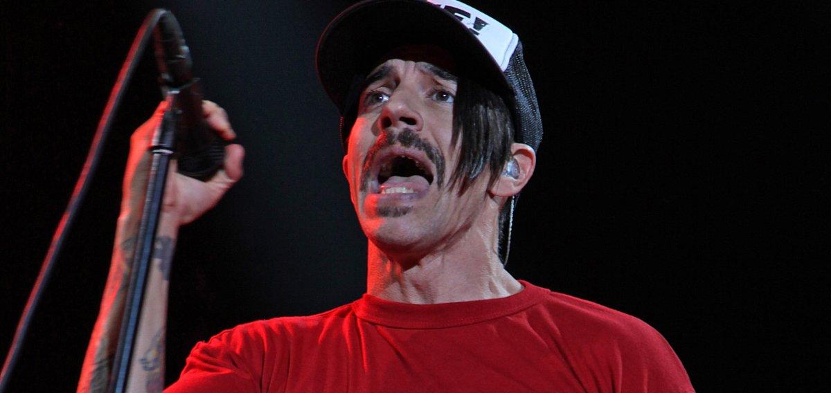 Anthony Kiedis 'on the mend' after hospitalization - UPI.com