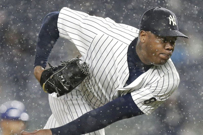 New York Yankees sign Aroldis Chapman for five years 25b82f9bc