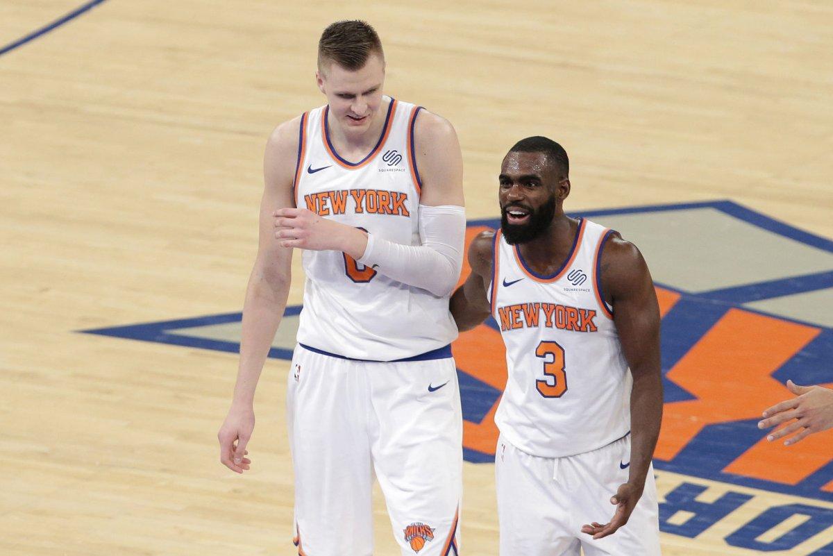 New York Knicks guard Tim Hardaway Jr  out two weeks