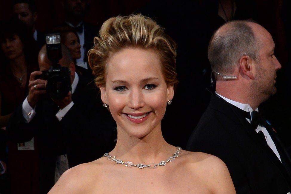 Jennifer Lawrences nude photo leak is not a sex crime