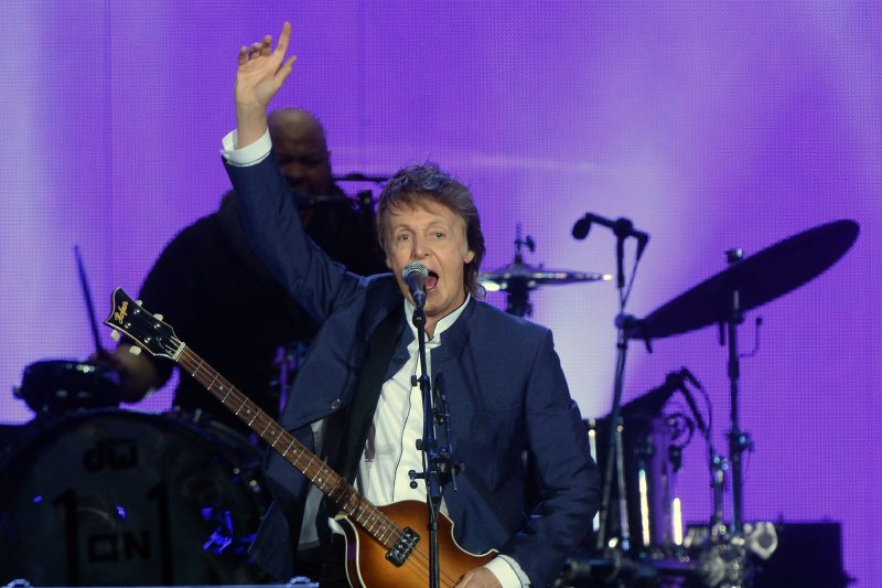 Paul Mccartney Adds More Dates To 39 One On One 39 Tour