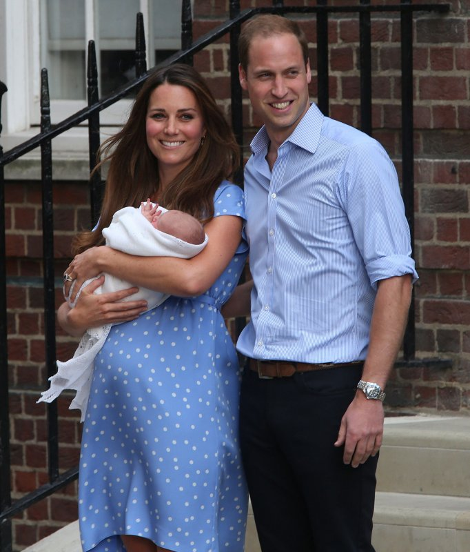 He's Here! Royal Baby, Parents Emerge From St. Mary's