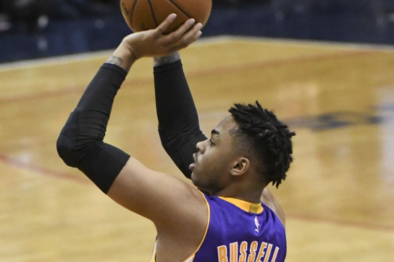 aa81c106c770 LOS ANGELES -- D Angelo Russell scored the decisive basket with 41 seconds  remaining as the Los Angeles Lakers defeated the Sacramento Kings 98-94  Friday.