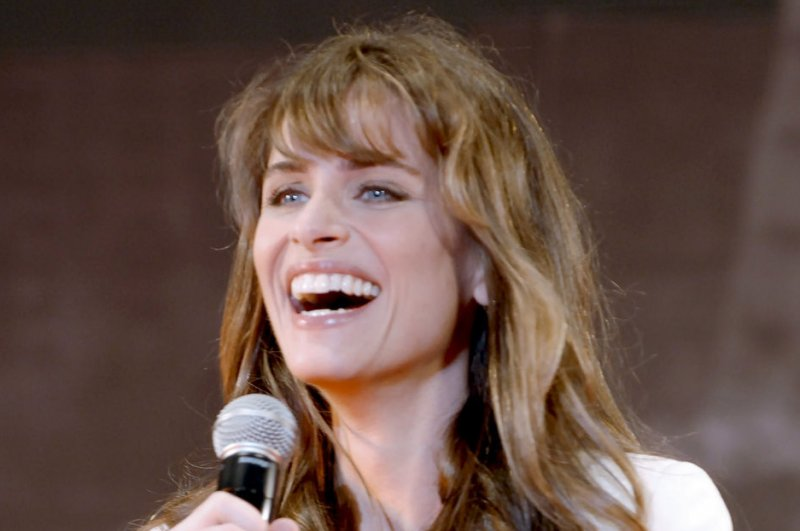 Amanda Peet thought 'Game of Thrones' would be 'terrible ...