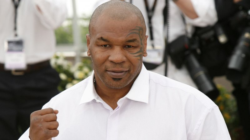 Mike Tyson 50 Shades Of Grey Spoof To Appear In Scary Movie 5 Upi Com