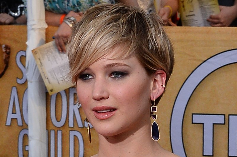 nude photos of lawrence and other actresses hacked and leaked online