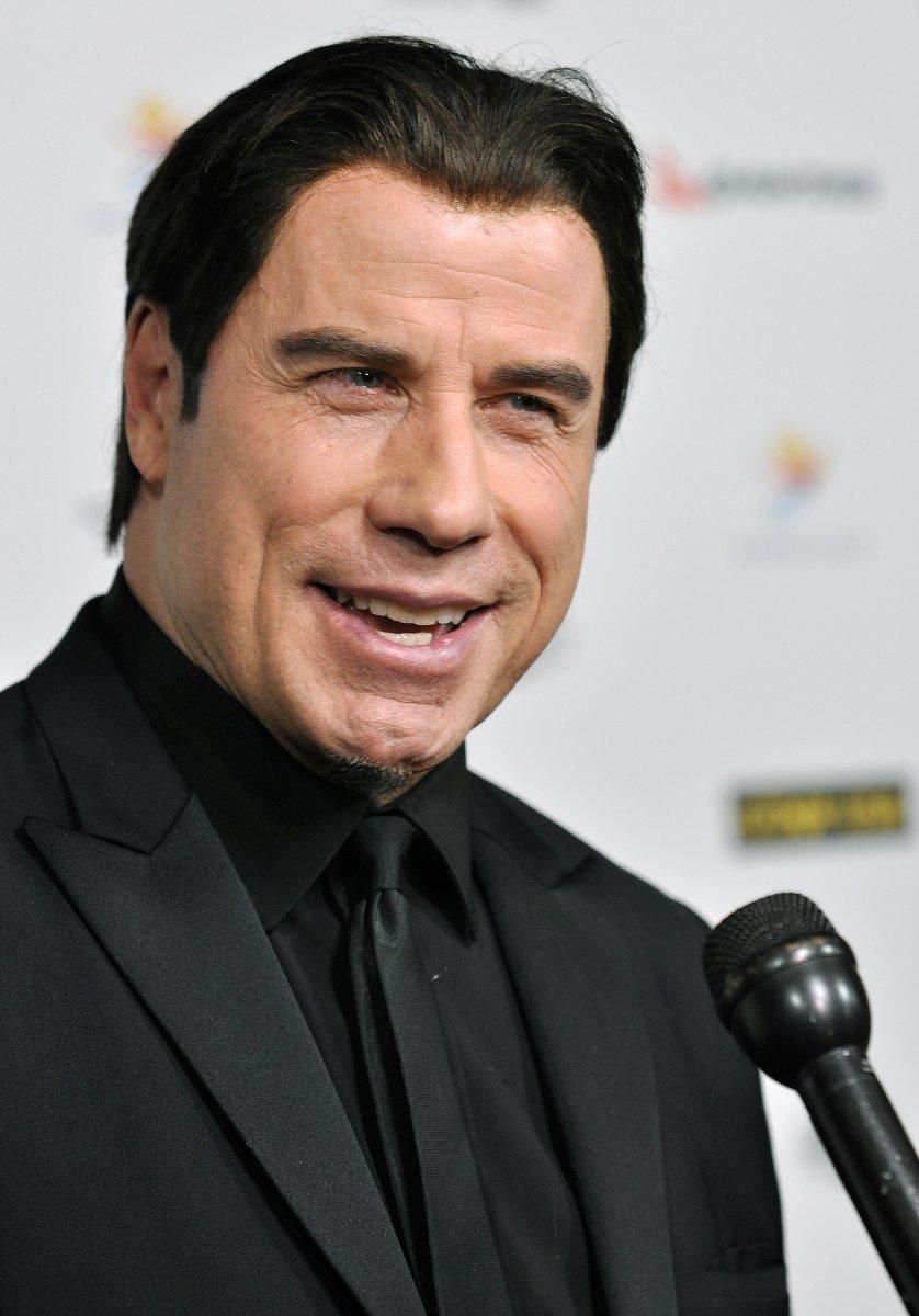 John Travolta Sports Tiny Beard In France Upi Com