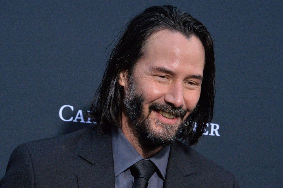 Watch: Keanu Reeves recalls crush on Sandra Bullock - UPI.com