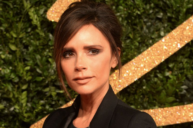 Victoria Beckham to release Estee Lauder makeup collection