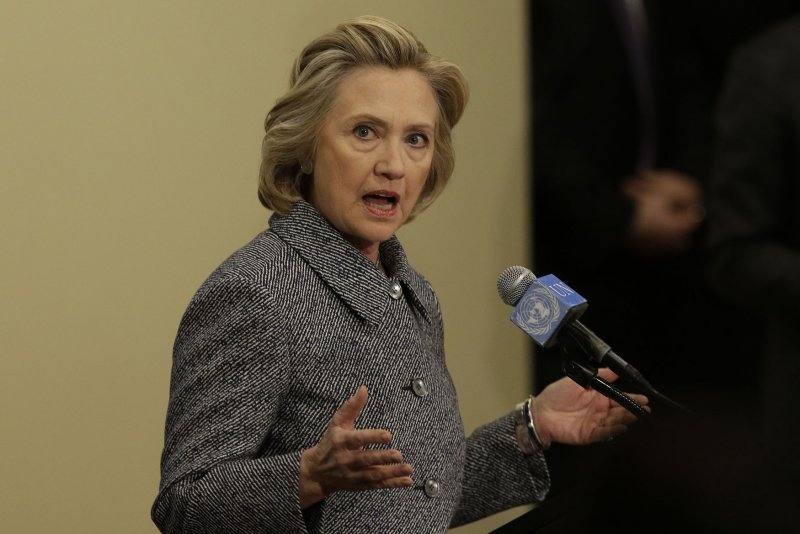Hillary Clinton: Private email server 'a matter of ...