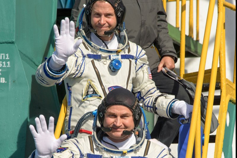 astronaut returns after one year in space - photo #16