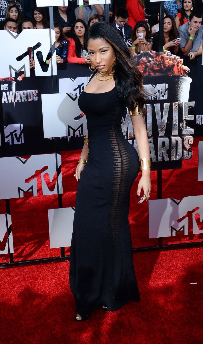 Nicki Minaj Stuns Fans With Natural Look At 2014 Mtv Movie