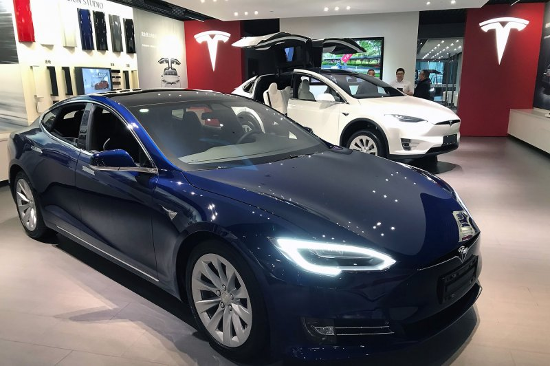 tesla to taxi lyft uber drivers don 39 t use superchargers. Black Bedroom Furniture Sets. Home Design Ideas