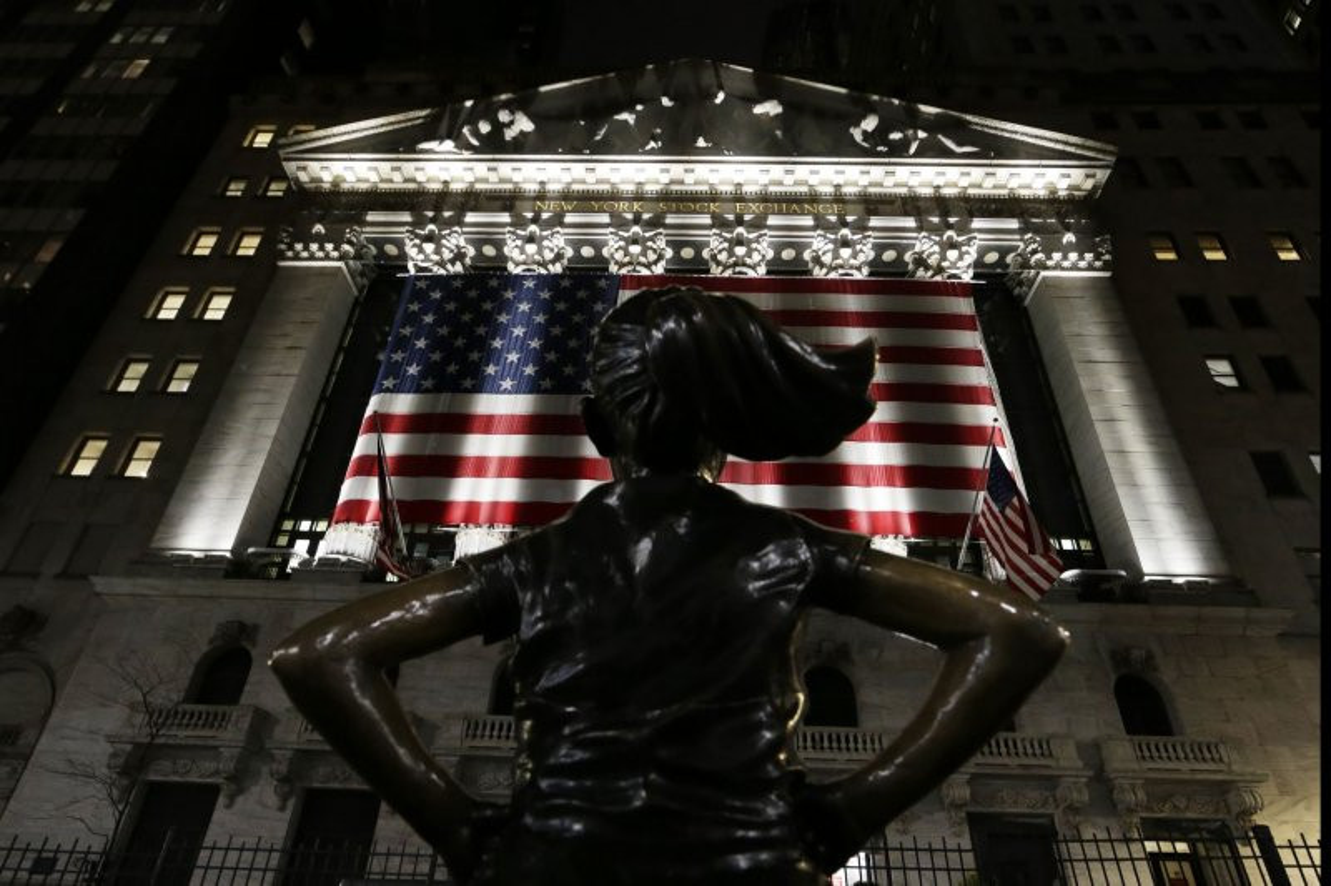 Dow closes up 780 points amid more optimistic coronavirus outlook - UPI.com