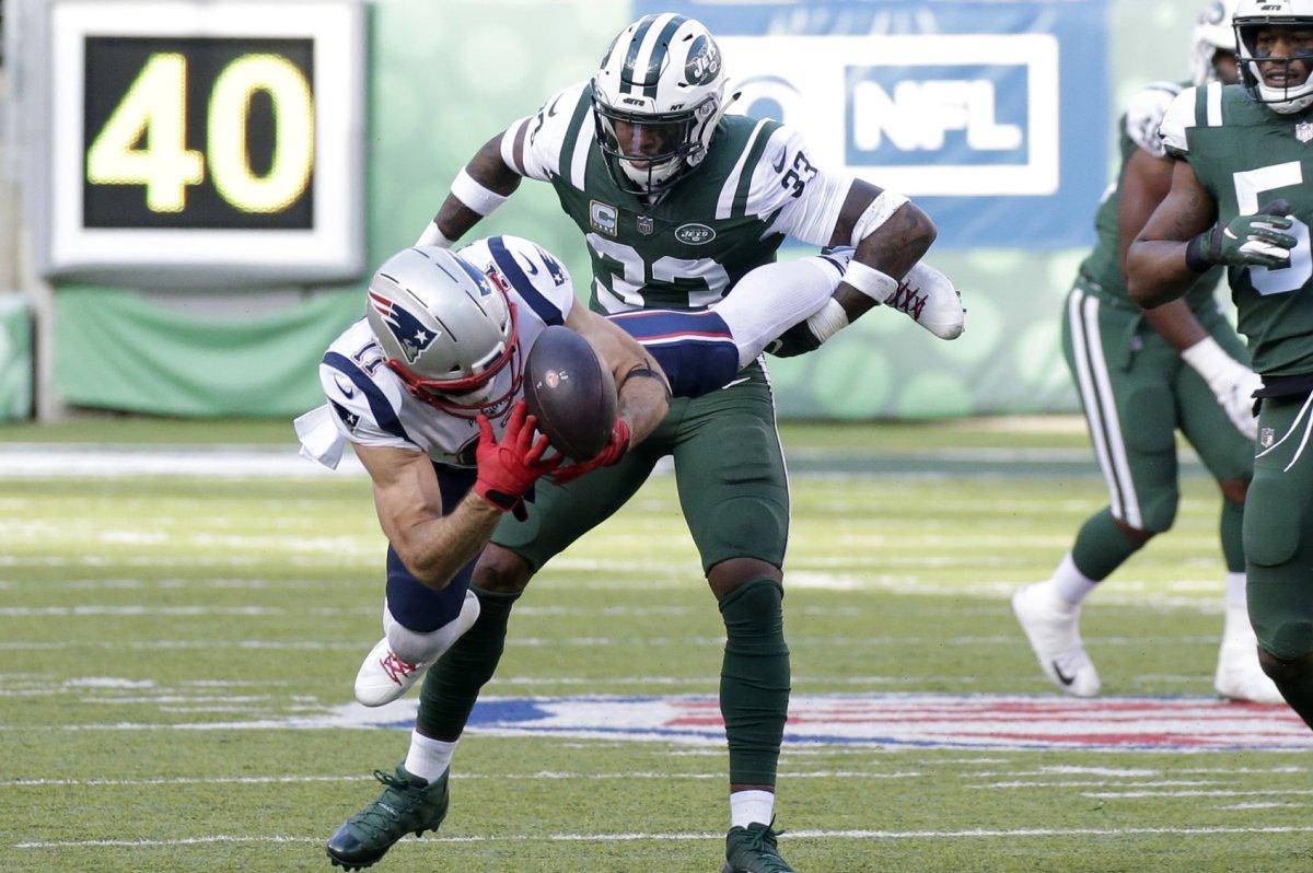 383de773b1f Watch: Jets' Jamal Adams lays out Patriots mascot at Pro Bowl - UPI.com
