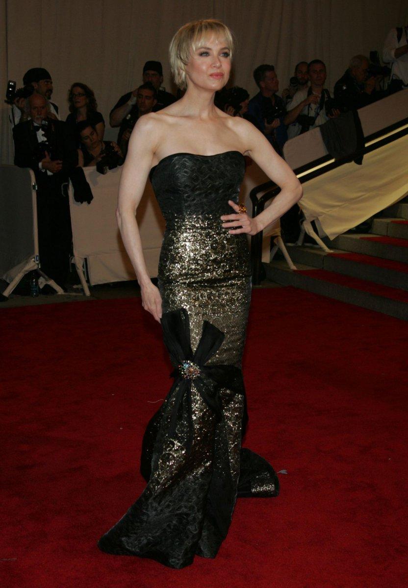 Renee Zellweger Unrecognizable At Red Carpet Event Upi Com