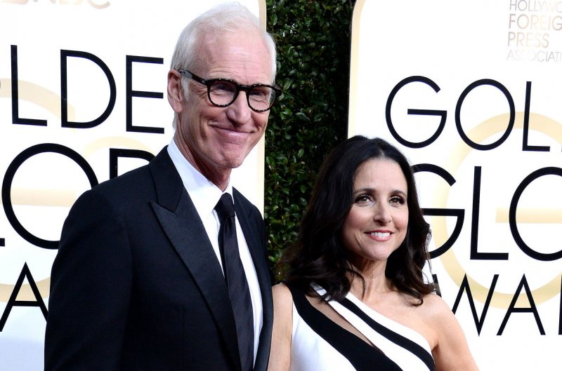 Look Julia Louis Dreyfus Brad Hall Celebrate 31st Wedding