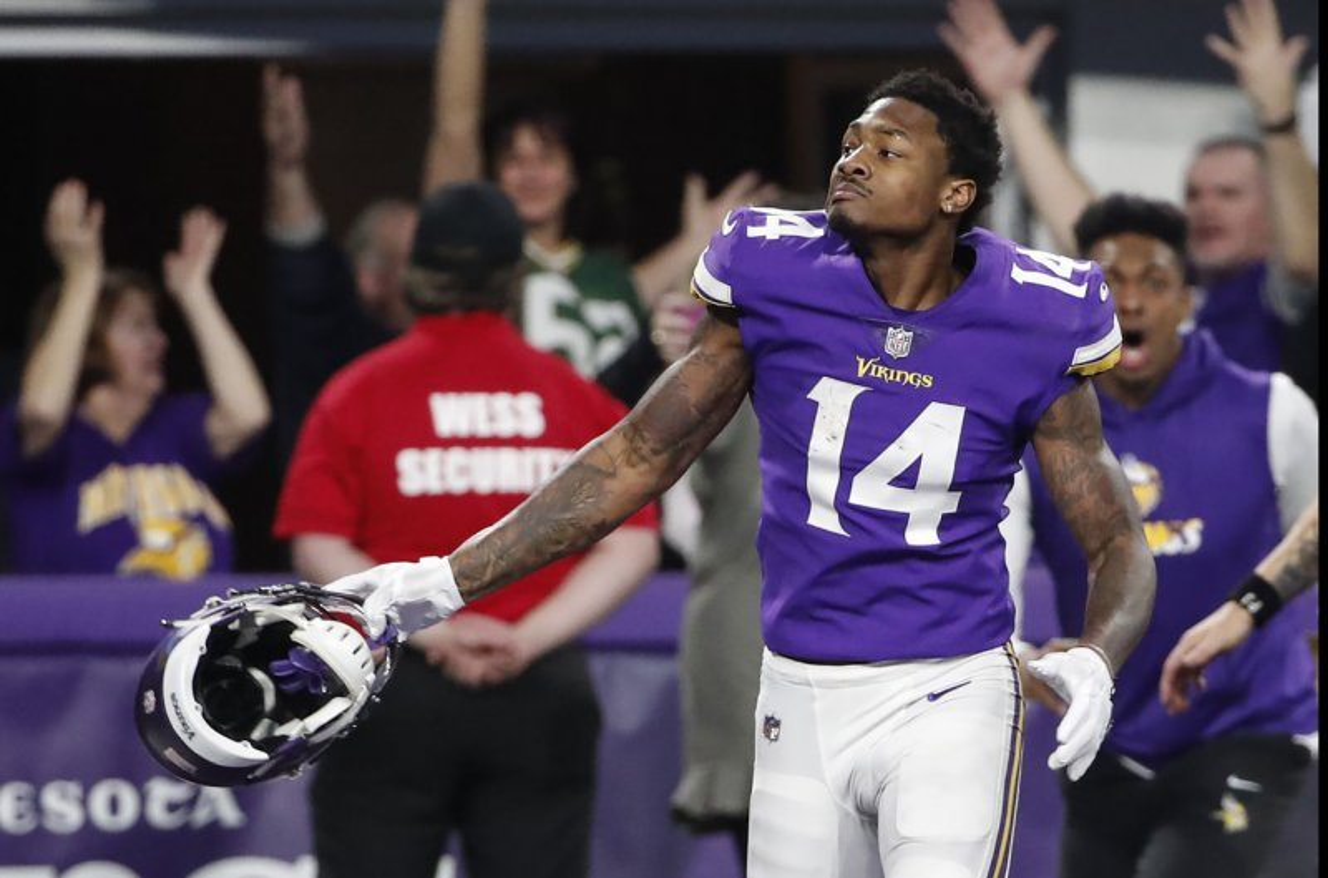 Minnesota Vikings put past behind them in stunning victory ...