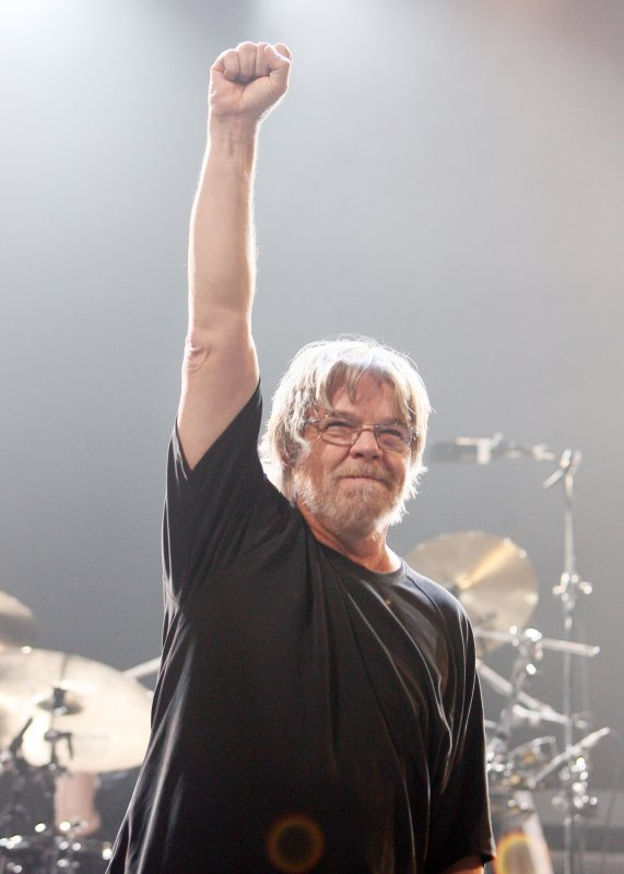 bob seger to return with new album 39 ride out 39 in october. Black Bedroom Furniture Sets. Home Design Ideas