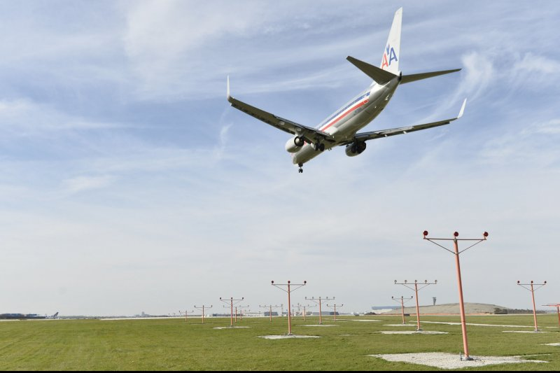 american airlines flight essay Open document below is an essay on american airlines flight 965 from anti essays, your source for research papers, essays, and term paper examples.