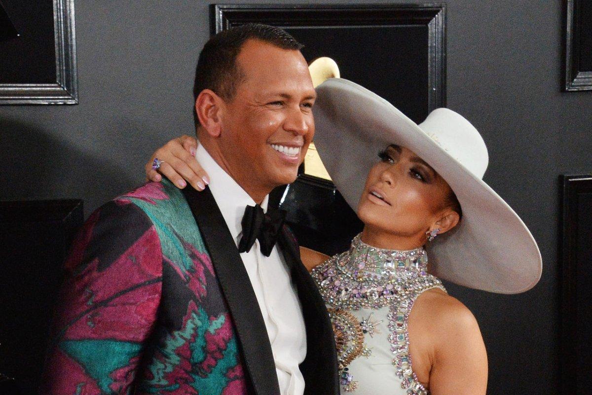 Jennifer Lopez, Alex Rodriguez announce engagement - UPI.com