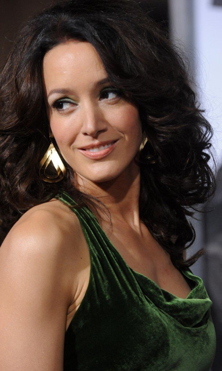 Jennifer Beals: I knew I was 'different' - UPI.com