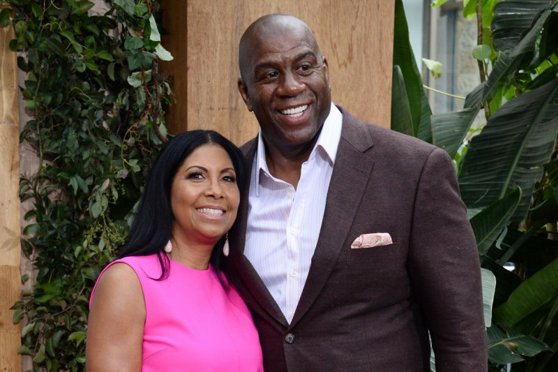 Magic johnson returns to los angeles lakers in advisory role upi com