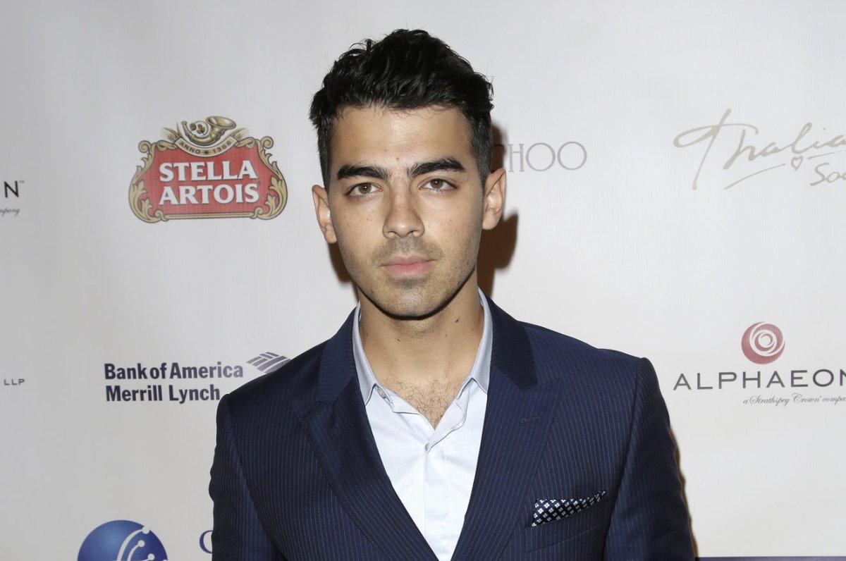 22ebc93a98 Joe Jonas gets honest during Reddit AMA