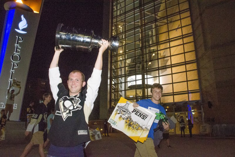 f250af05f193 Las Vegas tabs Pittsburgh Penguins early favorites to win Stanley Cup in  2018