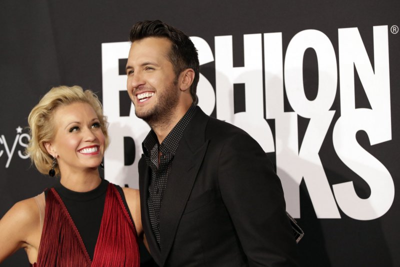 Luke Bryan Canceled Cmt Appearace Over Family Death